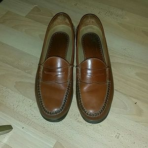 Johnston and Murphy men's penny loafer